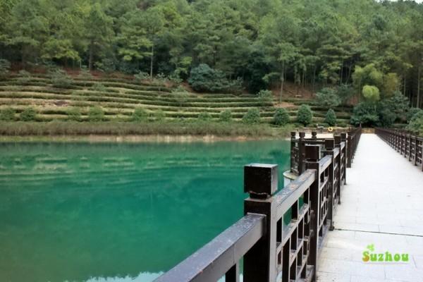 苏州 游记   旺山风景区是不收门票的.然而九龙潭要收门票滴.