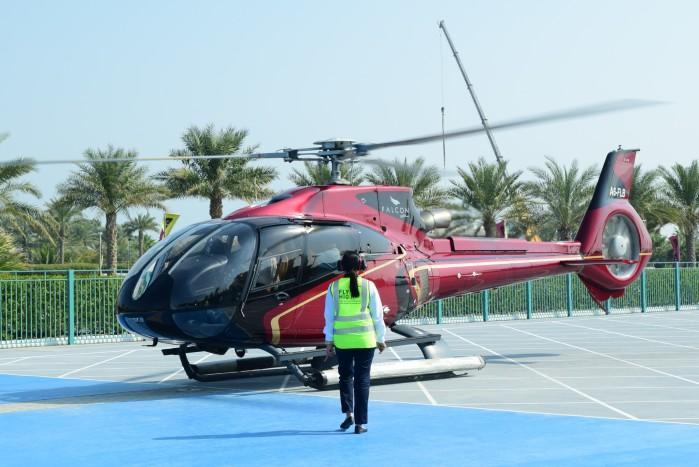 迪拜水上飞机和直升机哪个好玩?