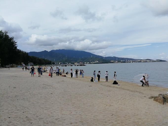 鹏城最美海滩杨梅坑,大鹏古城,较场尾一日游