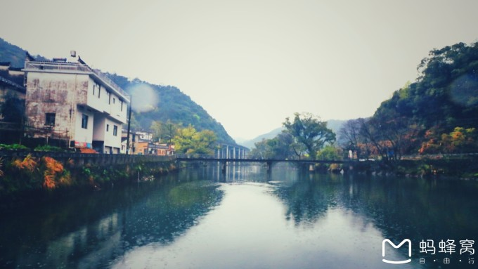 壁纸 风景 古镇 建筑 旅游 山水 摄影 桌面 680_383