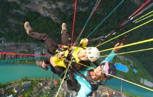 【瑞士图片】【MengTravel】瑞士,一个人的童话:因特拉肯---悬崖,跳伞,重生。(三天三夜深度游)---修改完毕