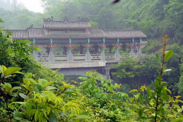 家乡有条风雨桥-在 龙船调 的故乡 上