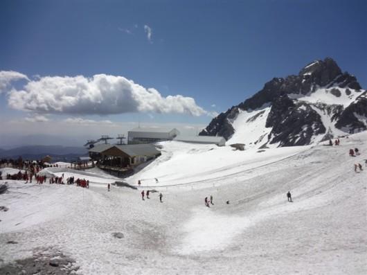 高档雪山风景油画
