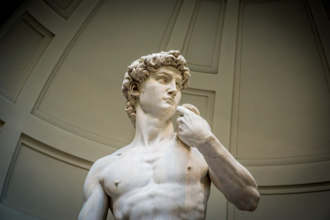 正主登场,米开朗基罗的《大卫》,虽然不懂,但却仍能感受到雕塑的震撼