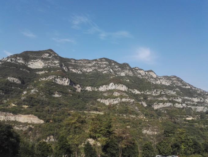 """被誉为""""北方三峡""""的青天河风景名胜区,位于河南省焦作市博爱县与山西"""