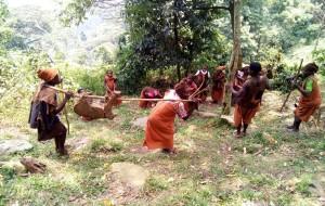 【乌干达图片】乌干达半人族----布特瓦人