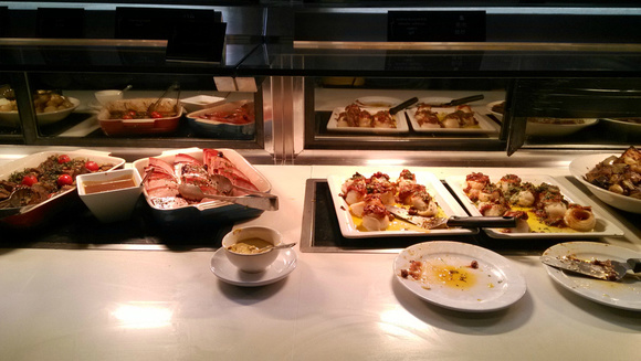 【顶级美食】悉尼 悉尼塔旋转餐厅自助餐