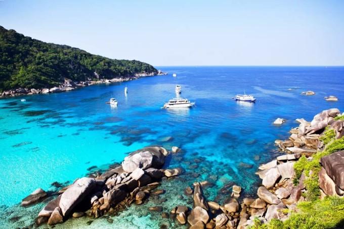 8天潜入斯米兰,恋上深蓝色的海