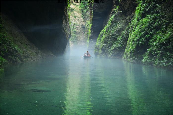 这周末去恩施,腾龙洞土司城大峡谷鹤峰躲避峡这几个景点可以串起来吗