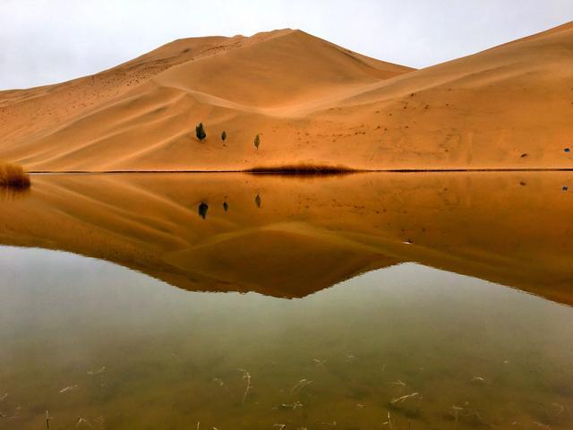 巴丹吉林沙漠,8小时,一场醉生梦死的穿越!